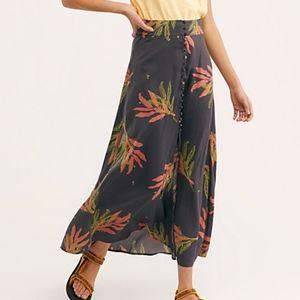 Free people Sammy Buttondown maxi Skirt sz 6